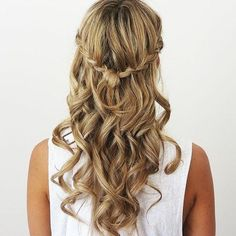 50 Fabulous Half Updos – New Styling Ideas
