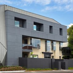 Justin arch. ectension of an art deco dwelling in Australia. EQUITONE facade panels, equitone.com