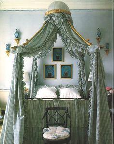 lovely bed corona
