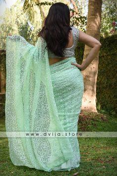 Buy Products| www.dvija.store Beautiful Muslim Women, Beautiful Girl Indian, Beautiful Saree, Beautiful Indian Actress, Beauty Full Girl, Beauty Women, Stylish Dresses For Girls, Girls Dresses, Long Indian Hair