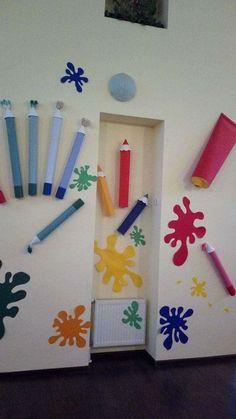 Art class decoration ideas - Preschool - Aluno On Decoration Creche, Class Decoration, School Decorations, Art Classroom Decor, Classroom Themes, Classroom Door, School Murals, Art School, Diy And Crafts