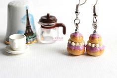 Religieuses Lavande boucles d'oreilles violet bijoux gourmandises gateaux pâtisseries bijou dessert sucré pâte fimo Boucles d'oreille par La Nostalgie