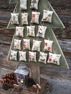 the primitive hare advent Cross Stitch Christmas Ornaments, Diy Christmas Tree, Christmas Countdown, Xmas Tree, Family Christmas, Christmas Decorations, Traditional Christmas Tree, Alternative Christmas Tree, Holiday Crafts