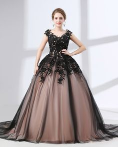 Chic / Beautiful Black Prom Dresses 2018 Ball Gown Appliques Lace V-Neck Sleeveless Chapel Train Formal Dresses Lace Ball Gowns, Ball Gowns Evening, Tulle Ball Gown, Ball Gowns Prom, Ball Dresses, Evening Dresses, Tulle Lace, Lace Corset, Lace Bodice