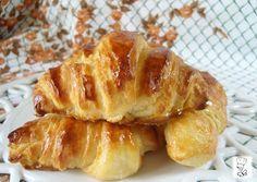 Croissant caseros masa semi-hojaldrada, Receta Petitchef Croissant Breakfast Sandwich, Ham And Cheese Croissant, Savory Breakfast, Irish Recipes, Greek Recipes, Making Croissants, Cooking Bread, Baked Ham, Pan Bread