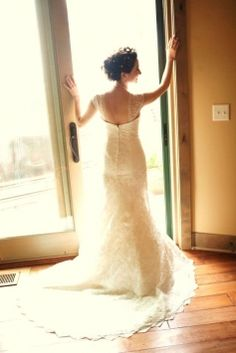 Oleg Cassini Sweetheart Beaded Lace Trumpet Gown Wedding Dress $735