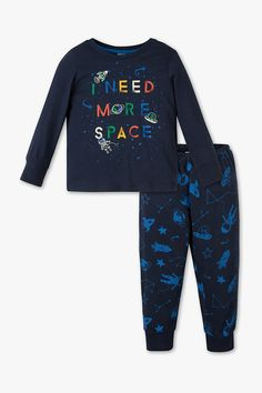 Niños - Pijama - Algodón orgánico - 2 piezas - azul oscuro Boys Pjs, Boys Pajamas, Boys T Shirts, Cute Nightgowns, Designer Kids Wear, Nasa Clothes, Boys Sleepwear, Baby Boy Clothing Sets, Pajama Outfits