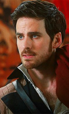 Gif // Captain Hook // Killian Jones // Colin O'Donohue