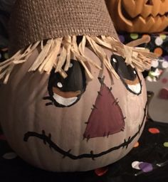 Halloween Rocks, Halloween Food For Party, Halloween 2019, Halloween Pumpkins, Fall Halloween, Fall Crafts, Crafts For Kids, Arts And Crafts, Pumpkin Painting