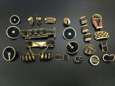 Collection de boutons d'un amateur, 1500-1950 et carrés de soie Hermès - vente aux enchères