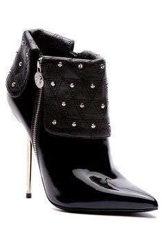 Versace - Women's Accessories - 2013 Fall-Winter ~ Cynthia Reccord shoes stiletto pumps