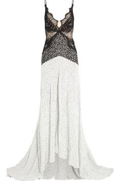 Green Carpet Challenge: guipure lace and printed silk gown Evening Dresses, Prom Dresses, Formal Dresses, Green Carpet, Silk Gown, Fashion Outlet, Fashion Addict, Stella Mccartney, Dress Outfits