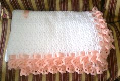 Punto de luna : Manta de bebe !! Knit Or Crochet, Crochet Stitches, Crochet Patterns, Free Baby Blanket Patterns, Baby Blanket Crochet, Crochet Baby Clothes, Free Baby Stuff, Little Babies, Bed Pillows
