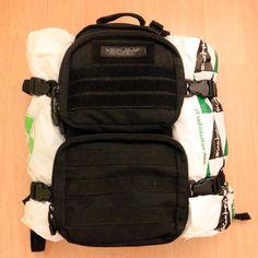 Наш опыт перевозки небольшого туристического рюкзака в ручной клади самолетом авиакомпании Ryanair. При условии покупки приоритетной посадки все должно быть ОК!