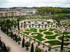Headed to Versailles on your next trip to Paris? ⠀ ⠀ Get in touch with us about our skip-the-line tickets. Chateau De Blois, Chateau Versailles, Versailles Garden, Palace Of Versailles, Virtual Travel, Virtual Tour, Château De Villandry, Paris Garden, Virtual Field Trips