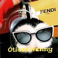 a1d568b398e Que todos tenham uma ótima e divertida semana!  oticaswanny  fendi  orchidea