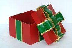 Pop Art Decoration - Themes & Motifs - Kids Decor - Green Gift Box with Red Ribbon Pop Art Decor, Christmas Holidays, Christmas Decorations, Red Gift Box, Green Gifts, Green Ribbon, Kids Decor, Decoupage, Decorative Boxes