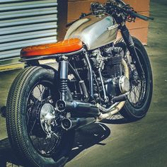 Honda CB550F 1975 Cafe Racer by Thirteen And Company #motorcycles #caferacer #motos   caferacerpasion.com