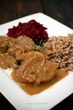 Polędwiczki w sosie grzybowym (u mnie w sosie borowikowym) są doskonałe zarówno na codzienny jak i na wykwintny obiad.