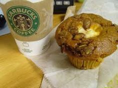 """Starbucks Restaurant Copycat Recipes: Pumpkin Cream Cheese Muffins....Also, what?! There is a whole blogspot on """"Starbucks recipes at home""""?? New homepage."""