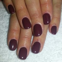 Acrylic natural nails with opi gel shellac opi Brazil's opi scores a goal. Instagram: @boop711