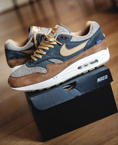 sneakers from tom Converse Sneaker, Sneaker Outfits, Air Max 1, Nike Id, Sneakers Mode, Sneakers Fashion, Shoes Sneakers, Tenis Casual, Casual Shoes