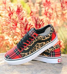 e18620656aaf1 242 Best Custom Vans images in 2019 | Shoe, Tennis, Van shoes