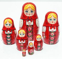 Red Matryoshka Russian Handmade Wooden Nesting Stacking Hand Painted Dolls 7pc in Jouets et jeux, Poupées, vêtements, access., Poupées russes | eBay