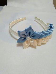 1 million+ Stunning Free Images to Use Anywhere Flower Girl Headbands, Diy Headband, Bridal Hair Flowers, Bridal Hair Pins, Making Hair Bows, Diy Hair Bows, Ribbon Art, Ribbon Bows, Frozen Bows