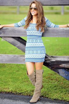 This website has somr cute clothes. Singing The Blues Dress: Blue/White Dresses Short, Cute Dresses, Casual Dresses, Cute Outfits, Passion For Fashion, Love Fashion, Womens Fashion, Spring Summer Fashion, Autumn Winter Fashion