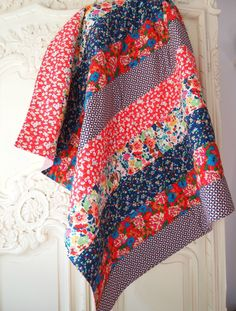 Whip up a Bloomsbury Stripes machine quilted throw with Katy Jones on The Liberty Craft Blog.