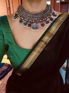 Used Sterling Silver Jewelry Saree Blouse Neck Designs, Saree Blouse Patterns, Trendy Sarees, Stylish Sarees, Indian Dresses, Indian Outfits, Indian Clothes, Saree Jewellery, Saree Trends