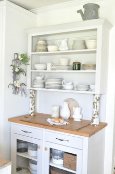 Spring Home Tour, Becky Cunningham home, Buckets of Burlap, open shelving, farmhouse, kitchen, hutch, vintage country farmhouse, Summer, home decor