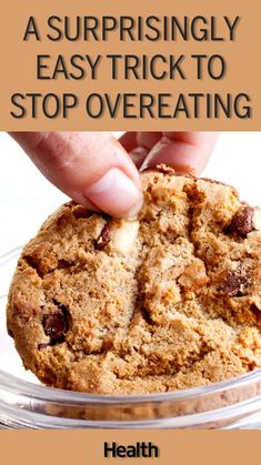 If you want to know how to control overeating, see this surprisingly easy trick to curb cravings. Manage your eating with this overeating tip, and you won't struggle with overeating again. Make this one small change to resolve your overeating problem.