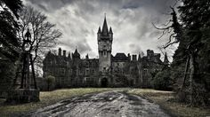 Gothic Architecture Old Castle Wallpaper