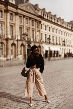 Fancy Nancy: 10 Easy Steps To Update Your Style France Outfits, Paris Outfits, Fashion Outfits, Girly Outfits, Paris Spring Outfit, Stylish Outfits, Style Fashion, Cute Outfits, Paris Street Fashion