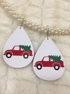 Gifts for Women Diy Leather Earrings, Diy Earrings, Teardrop Earrings, Leather Jewelry, Diy Christmas Earrings, Christmas Jewelry, White Christmas, Christmas Tree, Handmade Christmas