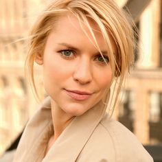 """""""Physical appearance is a huge part of our existance, but people go crazy. You can`t totally deny or ignore it, but you can`t turn it into a measure of your self-worth."""" - Claire Danes"""