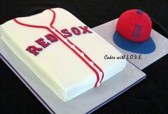Boston Red Sox Cakes .. I know someone who'd like thisssss lol it'd have to be a funfetti cake though.. Lol