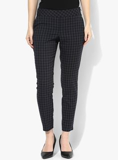 Buy Dorothy Perkins Navy Blue Checked Flat Front Trouser for Women Online India, Best Prices, Reviews | DO102WA13HPIINDFAS