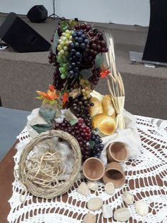 Harvest Decorations, Table Decorations, Barn Dance, Yellow Daisies, Fruits And Vegetables, Communion, Easter Eggs, Food, Florals