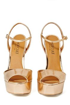 f3cffe5b61bc8 Walk a mile in new high heels