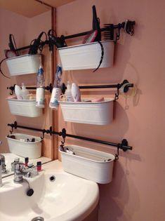 Rangement salle de bain - pas assez de place pour une étagère ;-)