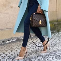 Zara blue coat, skinny jeans, Louis Vuitton bag and Louboutin heels for chic spring style. #fashion #zara #zaraoutfit #bluecoat #zaracoat #louisvuitton #louboutins #fabfashionfix