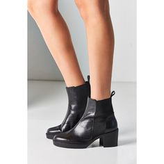 Vagabond Tilda Chelsea Boot ($160) ❤ liked on Polyvore featuring shoes, boots, ankle booties, black booties, beatle boots, leather ankle booties, leather booties and chunky black boots