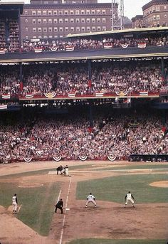 Roberto Clemente on base in this rare color shot from the 1960 World Series at Forbes Field. Just a beautiful shot.