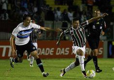 RS Notícias: Com um a menos, Grêmio segura empate com Fluminens...