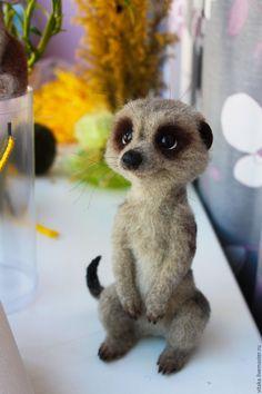 Купить Сурикат - коричневый, сурикат, экзотический зверёк, войлочная игрушка, игрушка ручной работы