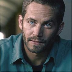 I don't mean to compare at all, bc there will never be another man as beautiful as PW, but you can see Cody in this picture... Yes I acknowledge they're brothers and share the same DNA ... It's just amazing at the resemblance ... Sometimes all it takes is just the angle or the clothing and those baby blues that they both were/are blessed with.  You are missed P