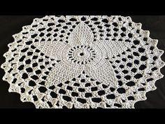 SOUSPLAT OU CENTRINHO ESTRELINHA # LUIZA DE LUGH - YouTube Crochet Doilies, Crochet Flowers, Crochet Stitches, Crochet Patterns, Free Crochet, Knit Crochet, Flower Studio, Crochet Videos, Vintage Knitting